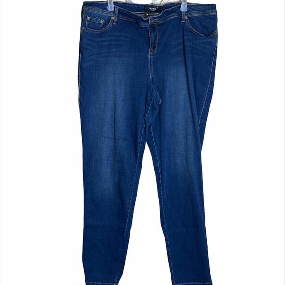 Torrid Medium Wash Relaxed Boot Jeans 24XT